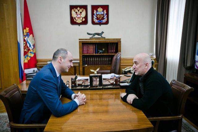 Денис Паслер встретился с писателем Захаром Прилепиным