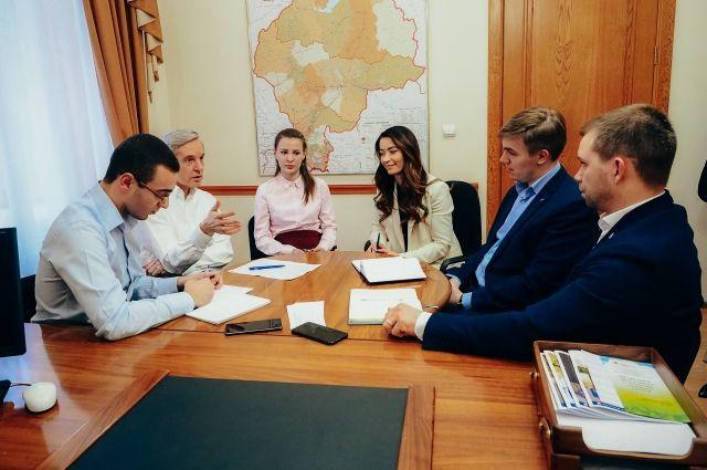В Тюмени в связи с коронавирусом открыли волонтерский центр