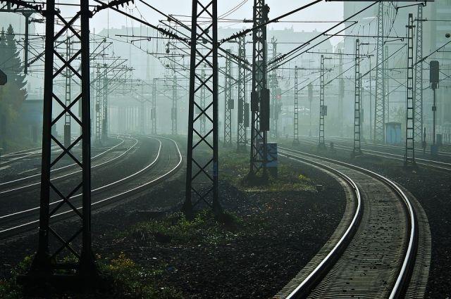 В Тюменском районе обезопасили участки железных дорог