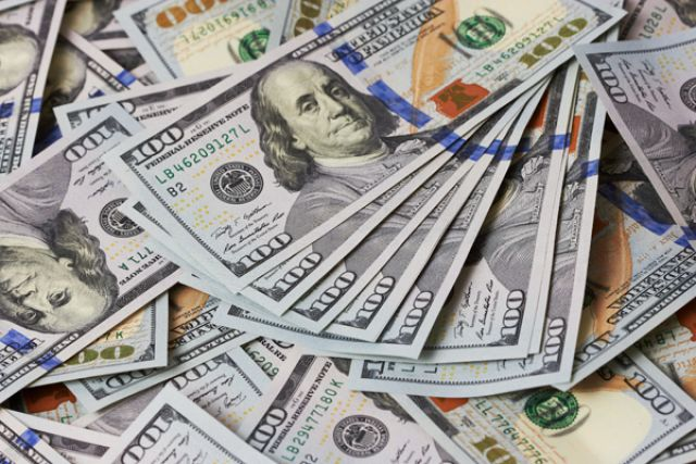 Курс валют на 24 марта: гривна продолжает падение