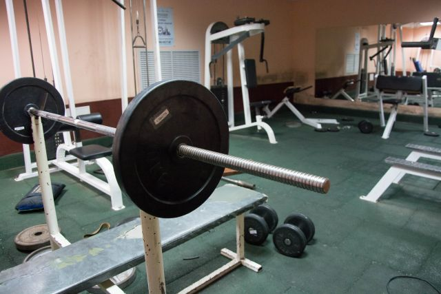 В Оренбуржье на карантин закрываются кинотеатры и фитнес-центры.