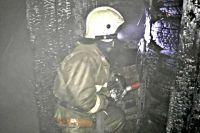 Детей в возрасте 3 и 4 лет спасли пожарные, девочки не нуждаются в медицинской помощи.