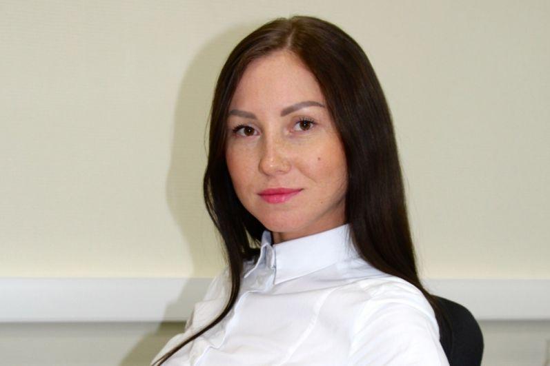 4.Мария Веснина живёт в Перми, работает офис-менеджером в компании «Техноавиа-Пермь». Хобби: фитнес.
