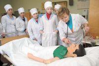 На вызовы к украинцам будут приезжать студенты-медики, - Минздрав