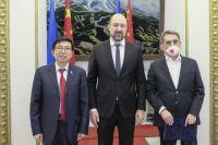 В стране запустили первый телемост между украинскими и китайскими врачами