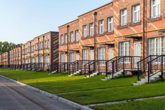 Сейчас – самое время исполнения глобальной мечты: на новосибирском рынке недвижимости появились выгодные предложения, созданные для ценителей спокойной жизни в центре преимуществ.