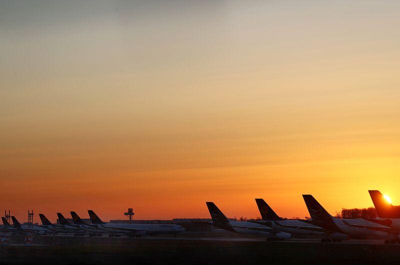 Самолеты немецкого перевозчика Lufthansa в аэропорту Франкфурта.