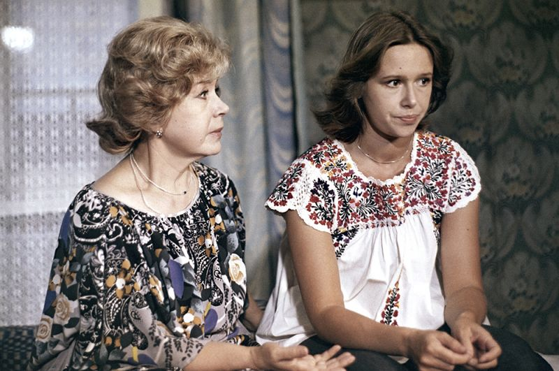 «Контрольная по специальности», 1982 год. Евгения Симонова и Инна Макарова.