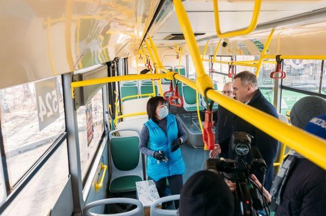 В Тюмени перевозчики усилили меры безопасности в автобусах