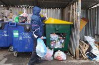 Плату за вывоз отходов в многоквартирных домах рассчитывают, исходя из количества проживающих.