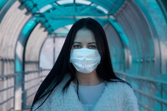 2001 оренбуржец находится под наблюдением из-за коронавируса.