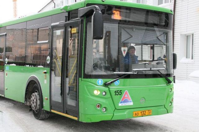 Общественный транспорт в Тюмени будет работать по графику выходного дня