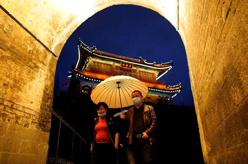 На улицах Цзинчжоу.