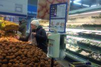 С19 по 26 марта в УФАС поступило четыре заявления от покупателей по поводу повышения цены на продукты - сахар-песок, крупу, в том числе гречневую крупу, масло рафинированное.