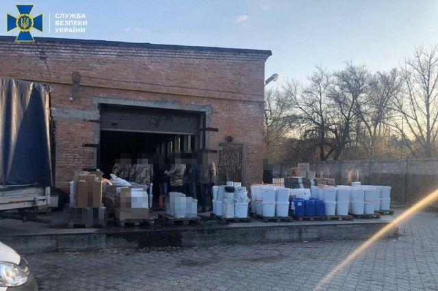 В Днепре пресекли подпольное производство контрафактного кальянного табака