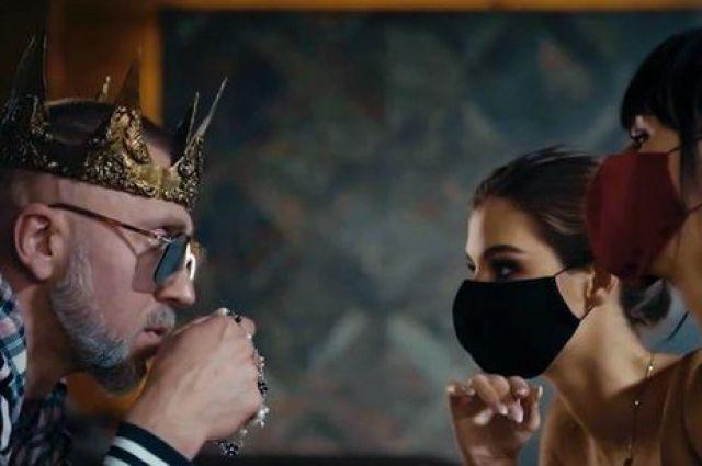 Полиграф ШарикOFF презентовал новый клип на песню «Коронавирус»