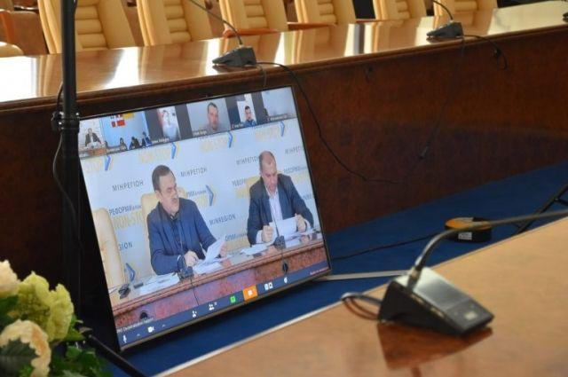 В шести областях Украины укрупнят районы