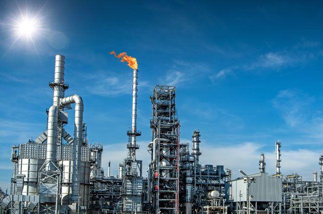 Идеальный шторм. Почему цены на нефть свалились в крутое пике?