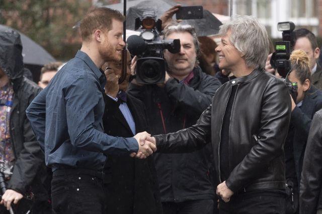 Бон Джови представил публике песню, записанную с принцем Гарри