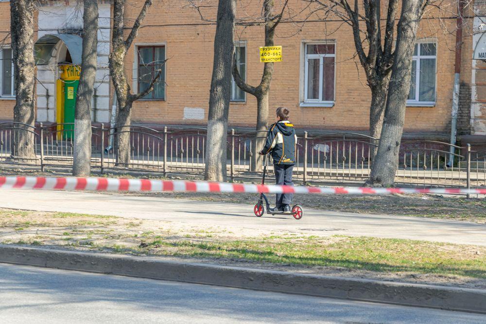 Каникулы в Калужской области начались раньше положенного — 17 марта. Школьники пользуются этим временем, чтобы вдоволь нагуляться.