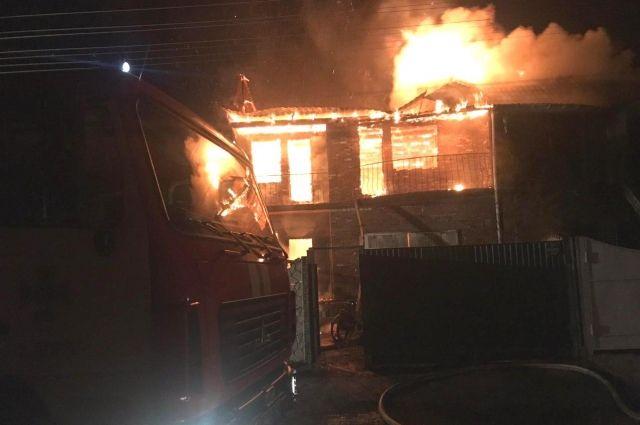 В Чернигове во время пожара один человек погиб, спасли двух детей