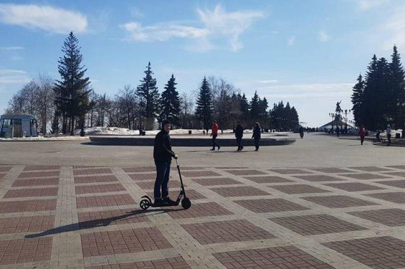 На площадь Салавата Юлаева в Уфе приезжают только самые смелые.