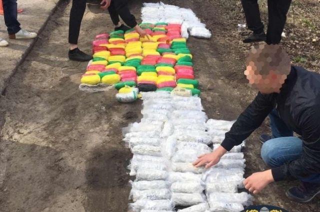 В машине у харьковчанина полиция изъяла 110 килограмм наркотиков