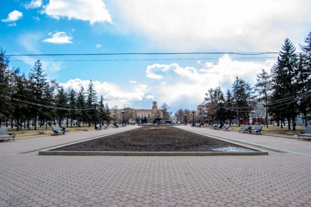 Пустует и сквер им. Кирова в Иркутске.