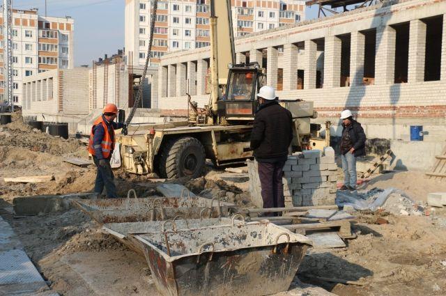 Возобновлено строительство школы на улице Артиллерийской