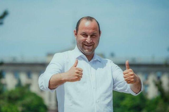 «Слуга народа» Негулевский: как из дорожных ям достать миллионы