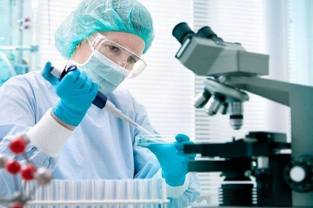 Тесты могут выявить COVID-19 до появления симптомов - вирусолог