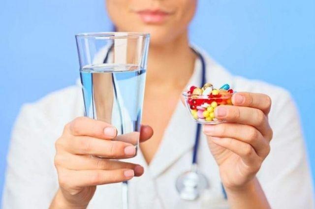 В Украине разрешили применение незарегистрированных лекарств от COVID-19