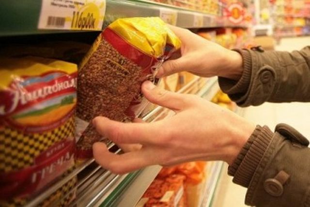 Белоруссия запретила вывоз лука, гречки и чеснока