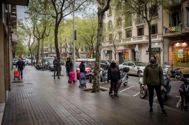 В Испании число заболевших коронавирусом превысило 100 тыс. человек