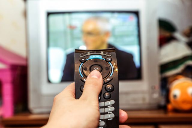 В Украине школьные уроки будут транслировать по ТВ и в интернете