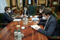 Украина направит в Италию бригаду медиков для борьбы с COVID-19