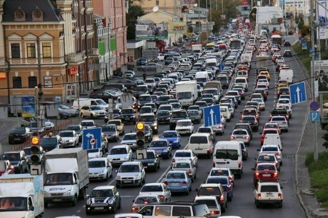 В Киеве разрешили ездить со скоростью 80 километров в час: список улиц