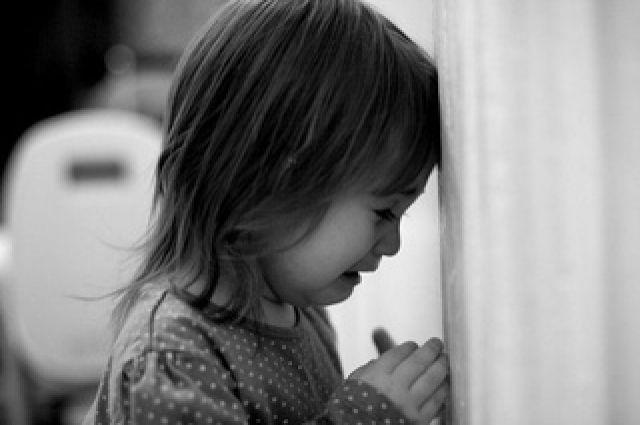 В Киевской области отец развращал свою 4-летнюю дочь