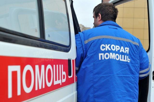 В Хабаровске мужчина провалился под лед в закрытом...