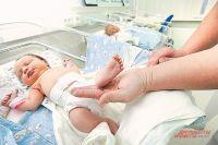 Самым крупным ребенком марта стал мальчик - 4460 грамм.