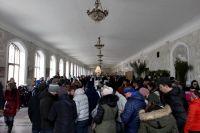 Ещё недавно в Нарзаннной галерее Кисловодска было не протолкнуться. Сейчас она на замке