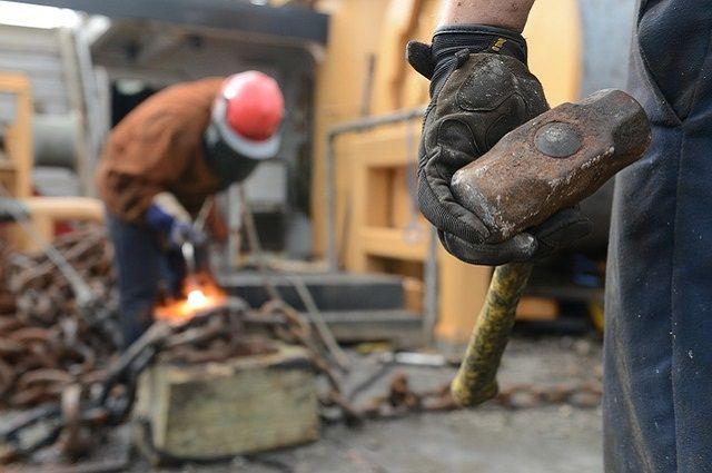 Часть предприятий Удмуртии с 6 апреля вернется к работе