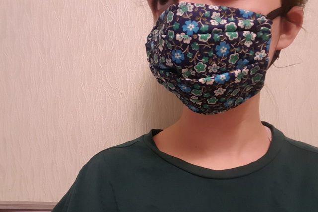 Шьём медицинскую маску своими руками.