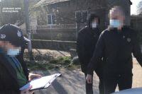 Пограничник за взятку помогал вывезти из Украины партию масок