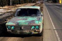 Полицейские легко узнал автомобиль по тюнингу кузова в виде камуфляжа.