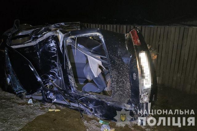 ДТП в Житомирской области: водитель врезался в бетонную электроопору
