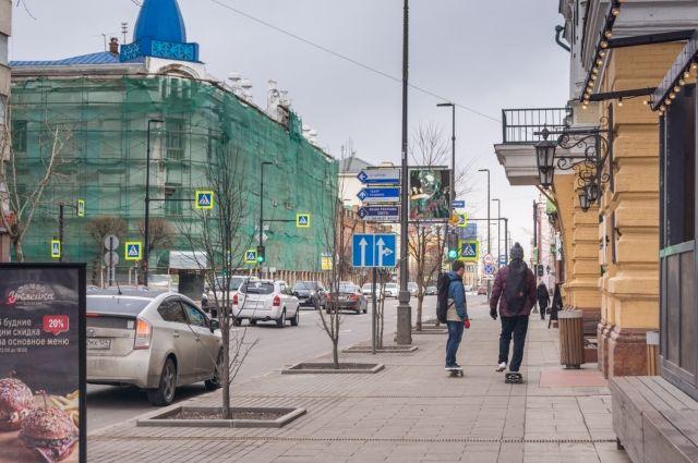Урны были установлены во время ремонта проспекта.