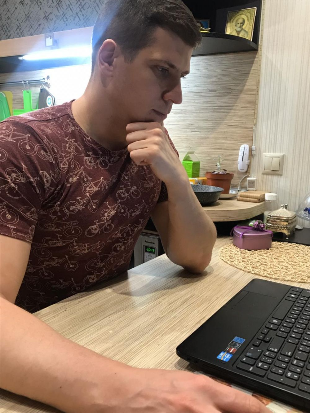 Участник №2: Антон Блохин
