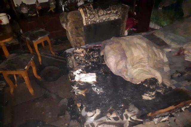 Пожар в доме многодетной семьи: 2-летний ребенок отравился угарным газом