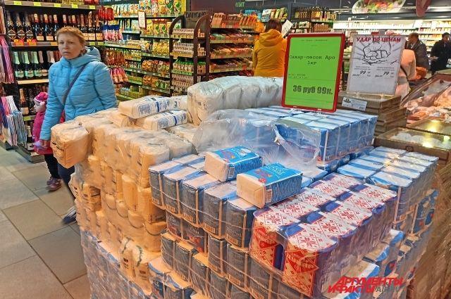 Сахара в магазинах достаточно, но цены растут.